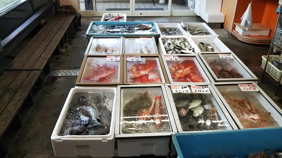 地魚販売スペース