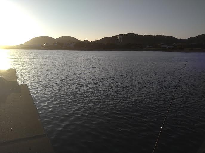 館山の堤防